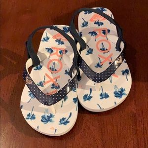 Other - Roxy toddler flip flops